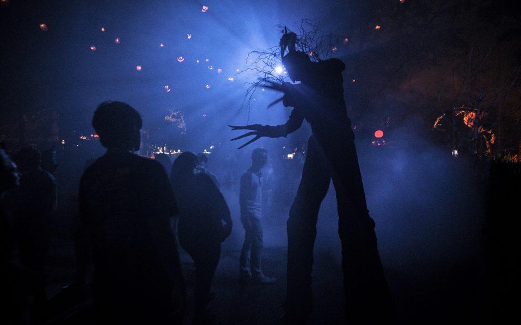 Halloween Horror Nights Packages